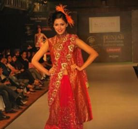 Punjab International fashion week day one featuring veena malikas show stopper